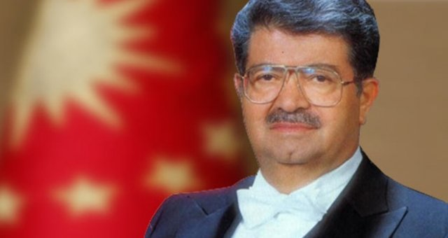 Turgut Özal'ı Rahmetle Anıyoruz